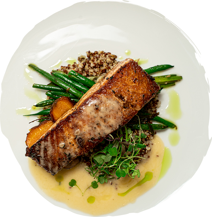 salmon with green beans and quinoa